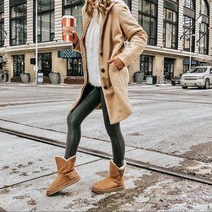 Ugg chestnut boots sz8